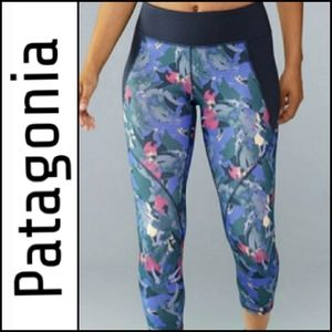 🆕️ PATAGONIA Centered Abstract Floral Leggings!
